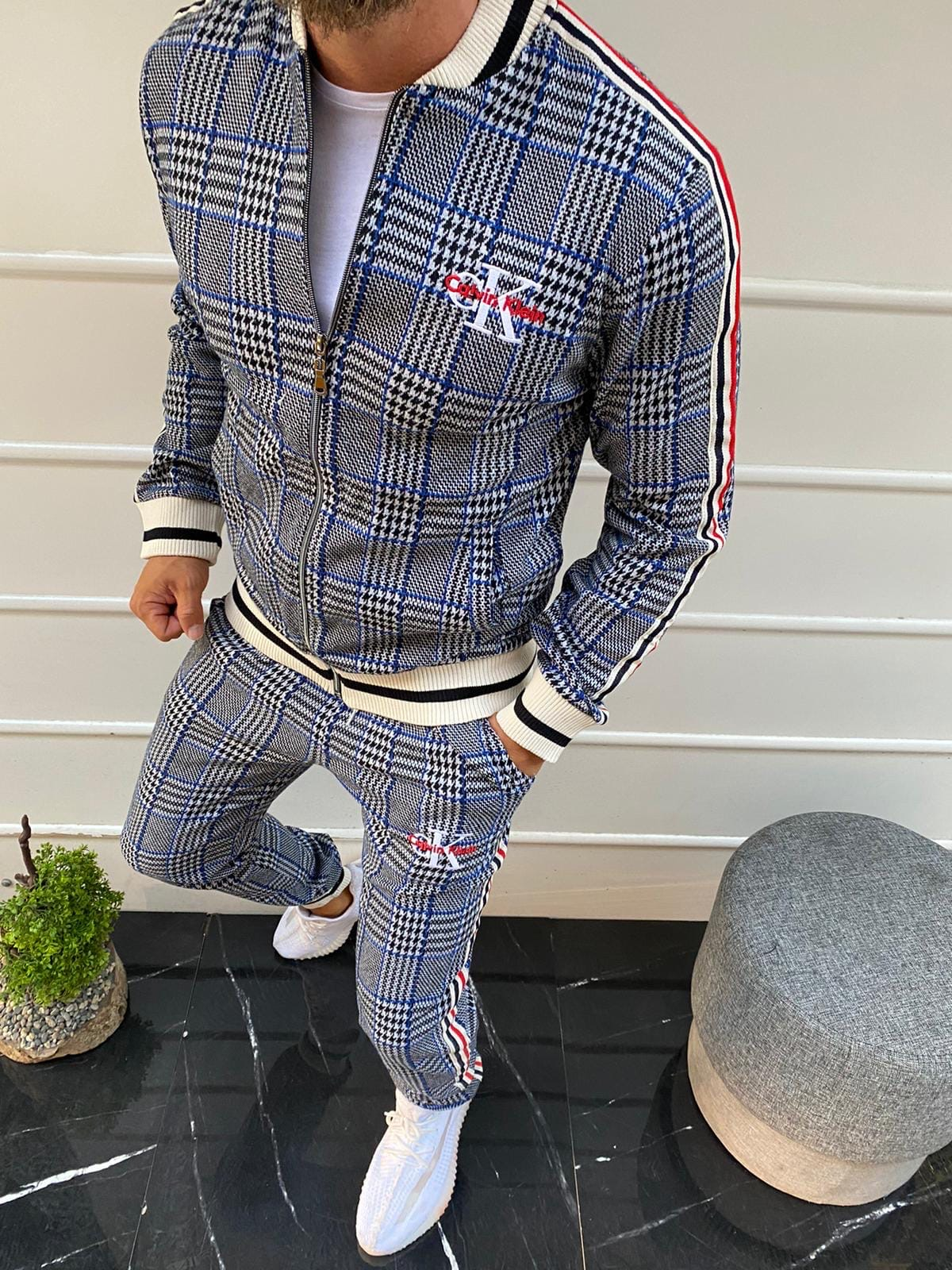Спортивный Костюм из джентльменов Calvin Klein