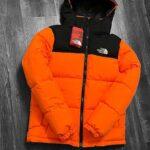 оранжевая TNF куртка